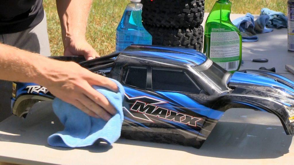 limpiar coche rc